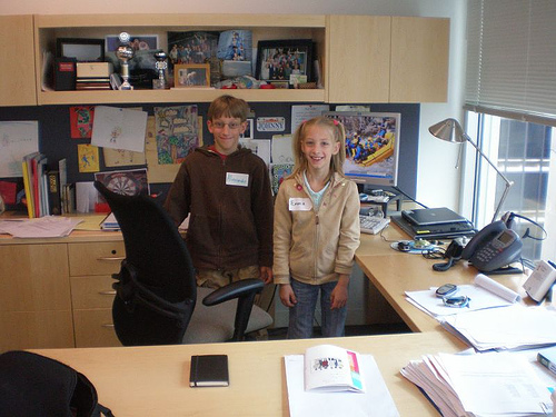 6 Great Reasons to Bring Your Kids to Work With You