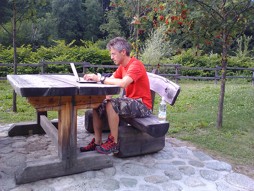 7 Tips for Working Outdoors