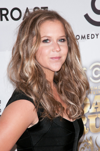5 Salary Negotiation Lessons From Amy Schumer