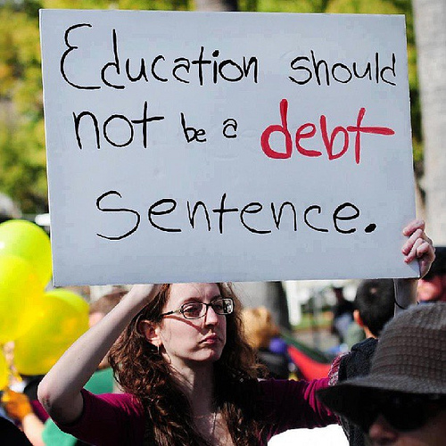 Schools Pay Student Loans for Underemployed Grads