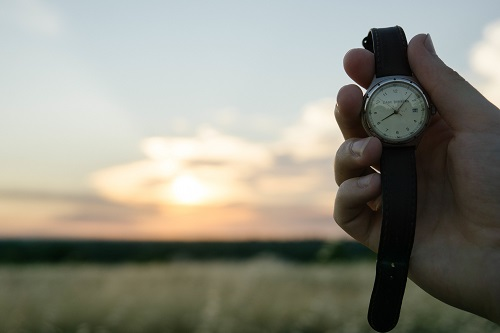 #MondayMotivation: 5 Ways to Cope With Daylight Saving Time