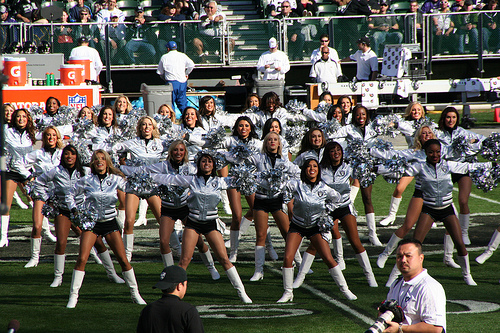 Some NFL Cheerleaders Earn Less Than Minimum Wage