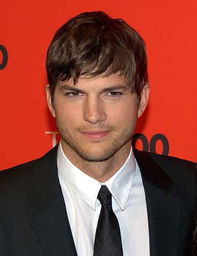 Ashton Kutcher Offering Career Advice for $5 an Hour