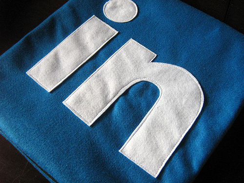 6 Ways to Keyword-Optimize Your LinkedIn Profile