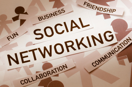 3 Simple Ways to Network Effectively on Social Media