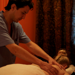 Massage by Nick J Webb from flickr under CC BY 2.0